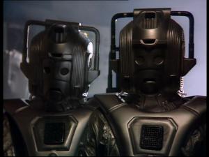 two Cybermen